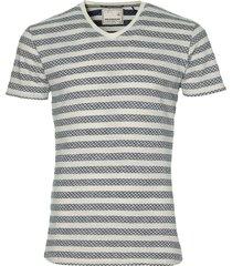 no excess t-shirt - modern fit - ecru