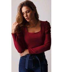 blusa xuss 22362 vinotinto