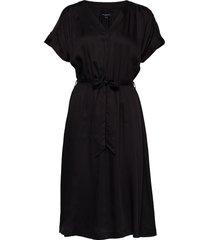 slfquincy-vienna ss midi dress b jurk knielengte zwart selected femme