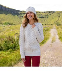 womens cream cozy aran hat