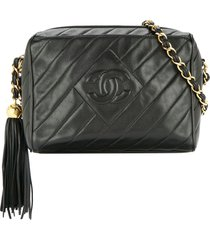 chanel pre-owned 1994-1996 quilted fringe chain shoulder bag - black