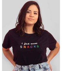blusa in love t-shirt snacks preta