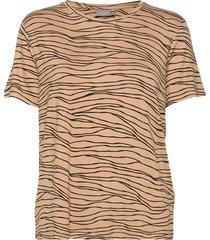 byrillo tshirt 3 - t-shirts & tops short-sleeved brun b.young