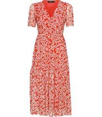 slaldora dress knälång klänning röd soaked in luxury