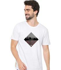 camiseta sandro clothing dream branco - branco - masculino - dafiti
