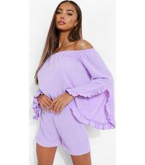 crop top met ruches en uitgesneden hals en shorts, lilac