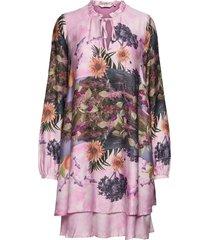 nubayleah dress jurk knielengte paars nümph