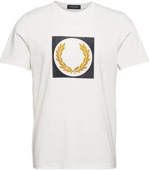 laurel wreath grap. tee t-shirts short-sleeved vit fred perry