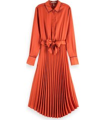 pleated midi length dress with belt ginger