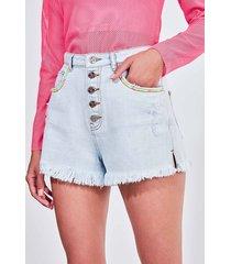 short hot pants em jeans claro