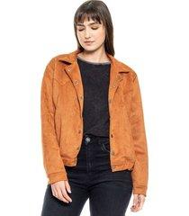 chaqueta en suede con broches delanteros, flecos y aplicaciones en posterior y elástico en cintura color blue