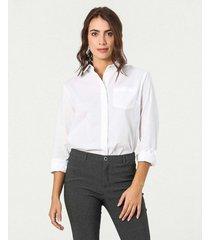 camisa clásica manga larga y cuello camisero