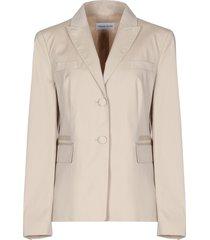 gabriele strehle suit jackets