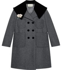 gucci floral brooch detailed wool coat - grey