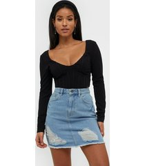 nly trend ripped mini denim skirt minikjolar