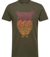 alder tee owl wave print - gots/veg t-shirts short-sleeved grön knowledge cotton apparel