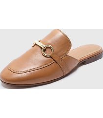 babucha kiss camel hush puppies