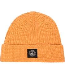 stone island logo patch beanie hat - orange