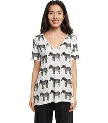 camiseta blanco-negro desigual
