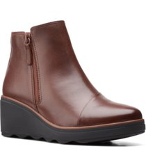 clarks collection women's mazy eastham booties women's shoes