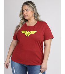 blusa feminina plus size mulher maravilha manga curta decote redondo vermelha escuro