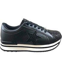 zapatilla negra footy up estrellas
