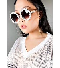 akira the met pearl round sunglasses