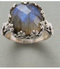 gray gardens ring