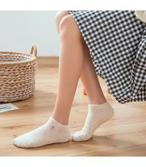 le donne hanno ricamato le calze di cotone calzini traspiranti delle fragole calze dolci sveglie sveglie