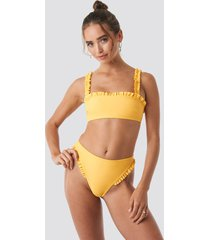 hanna weig x na-kd gathered bikini bottom - yellow
