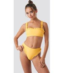 hanna weig x na-kd gathered bikini bottom - yellow