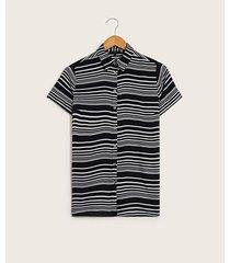 blusa camisera líneas
