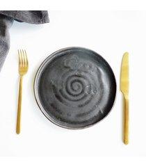 talerz czarne jest piękne 22 cm