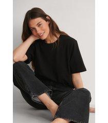 louise madsen x na-kd ekologisk oversize t-shirt - black