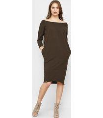 sukienka oversize ida w brązowym kolorze