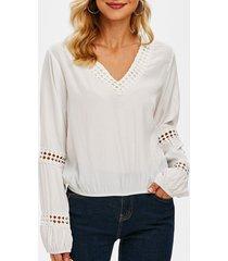 v neck elastic hem crochet trim blouse