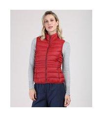 colete feminino puffer em nylon com bolsos gola alta vermelho