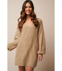 donnaromina x na-kd braided cable knitted dress - beige