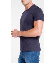 camiseta masculina essentials azul marinho calvin klein jeans - pp