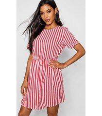 gestreepte gesmokte jurk met geplooide taille, rood
