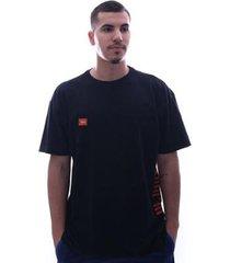 camiseta fatal logo brand plus size preto - masculino