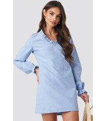na-kd boho gathered neckline oversize dress - blue