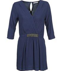 korte jurk betty london dusty