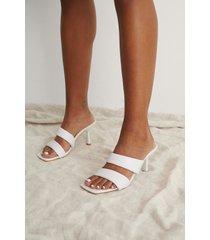 trendyol högklackade skor med remmar - white