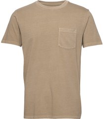 pocket t-shirt t-shirts short-sleeved beige gap