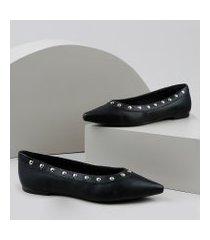 sapatilha feminina bico fino com aplicação de tachinhas preto