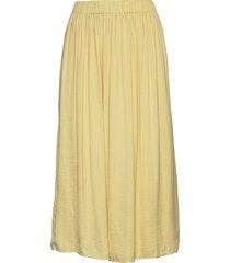 cilla skirt knälång kjol gul gina tricot