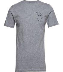 alder owl chest tee - gots/vegan t-shirts short-sleeved grå knowledge cotton apparel