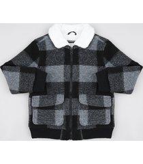 jaqueta infantil estampada xadrez em lã com pelo preta