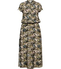 dress in cupro w. flower field prin maxi dress galajurk groen coster copenhagen